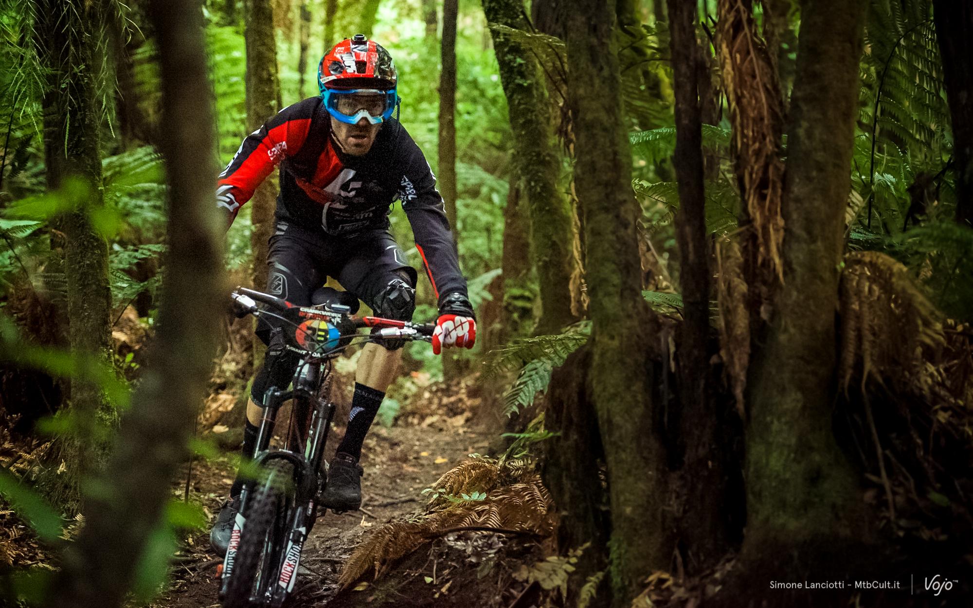 Enduro_World_Series_Rotorua_Copyright_Simone_Lanciotti_MTBCult_VojoMag-32