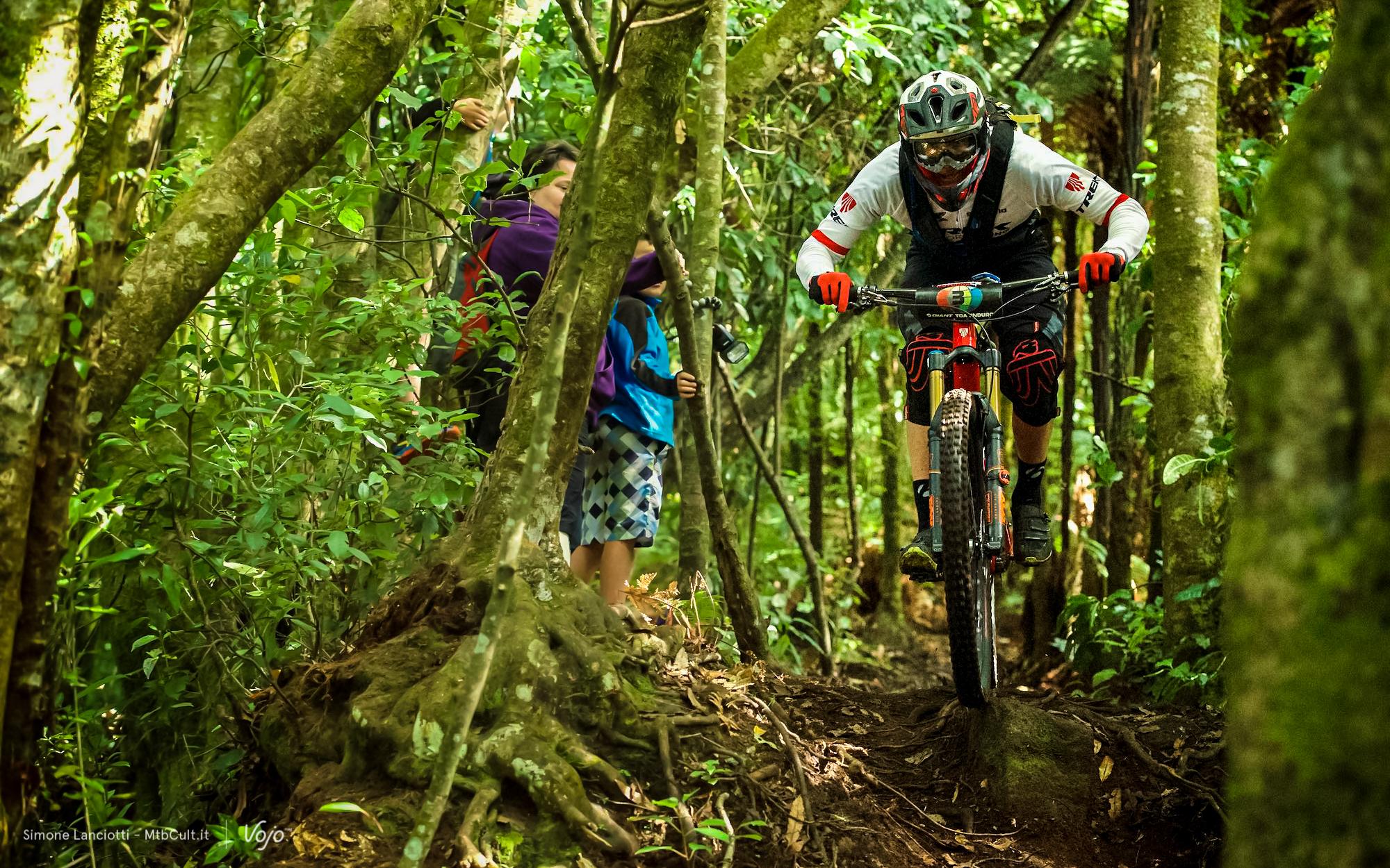 Enduro_World_Series_Rotorua_Copyright_Simone_Lanciotti_MTBCult_VojoMag-43