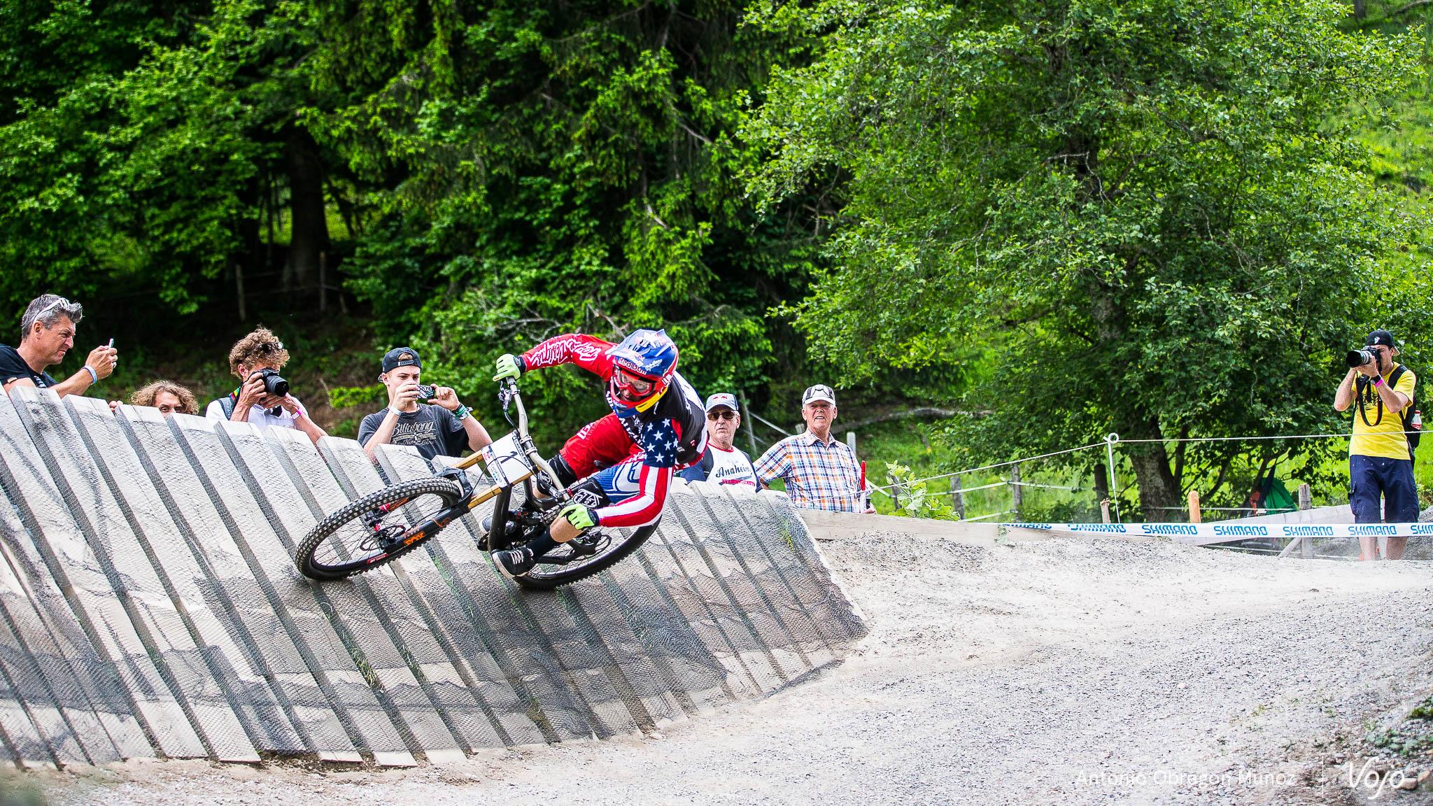 Leogang_UCI_World_Cup_DH_2015_(Porfolio)_(Gwin)_(Copyright_Antonio_Obregon_VojoMag-38