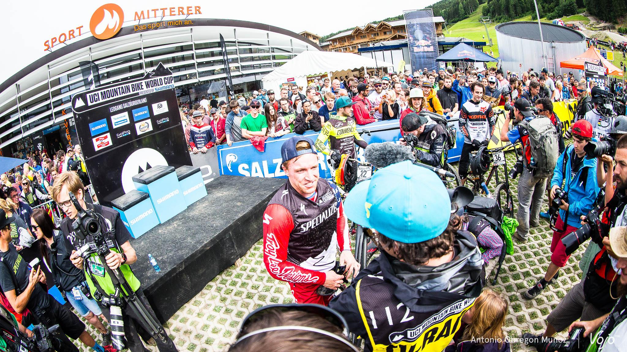 Leogang_UCI_World_Cup_DH_2015_(Porfolio)_(Gwin)_(Copyright_Antonio_Obregon_VojoMag-92