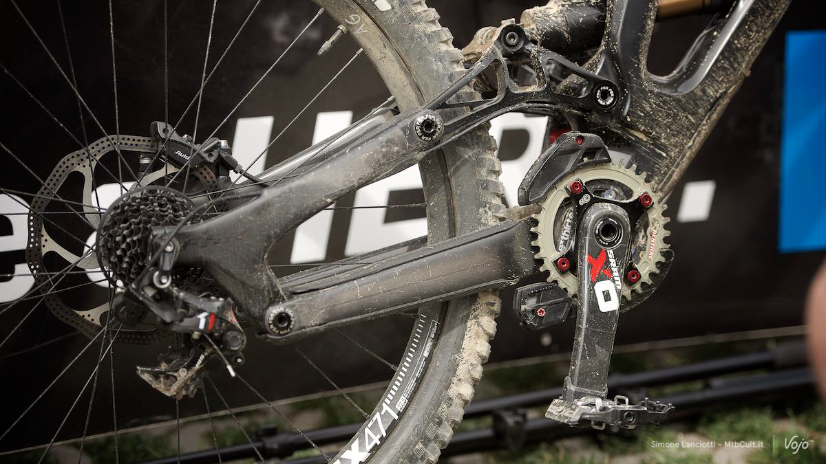 Specialized_Demo_8_Aaron_Gwin_Leogang_World_Cup_2015_Copyright_SLanciotti_MYBCult_VojoMag-30