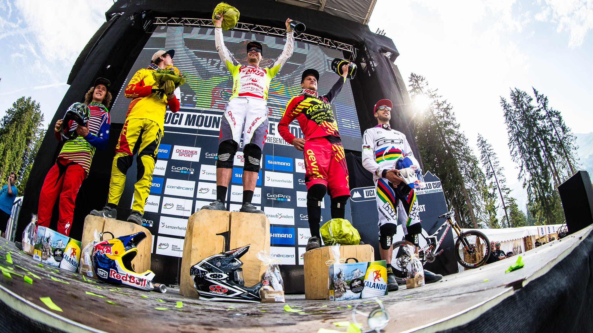 Lenzerheide_UCI_World_Cup_DH_2015_final_PodiumElite_Copyright_Antonio_Obregon_VojoMag