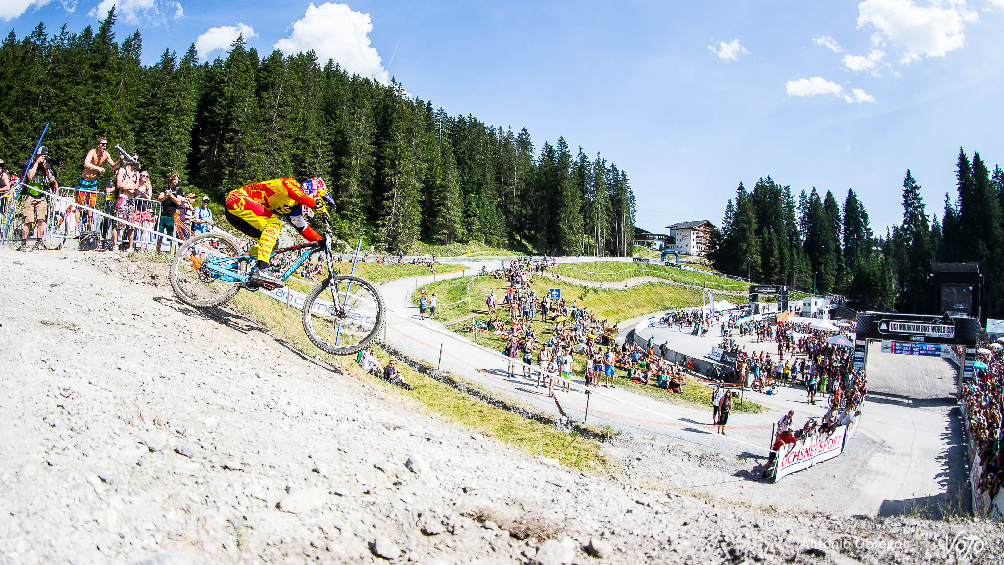 Lenzerheide_UCI_World_Cup_DH_2015_final_Porfoli_Elite_Copyright_Antonio_Obregon_VojoMag-87