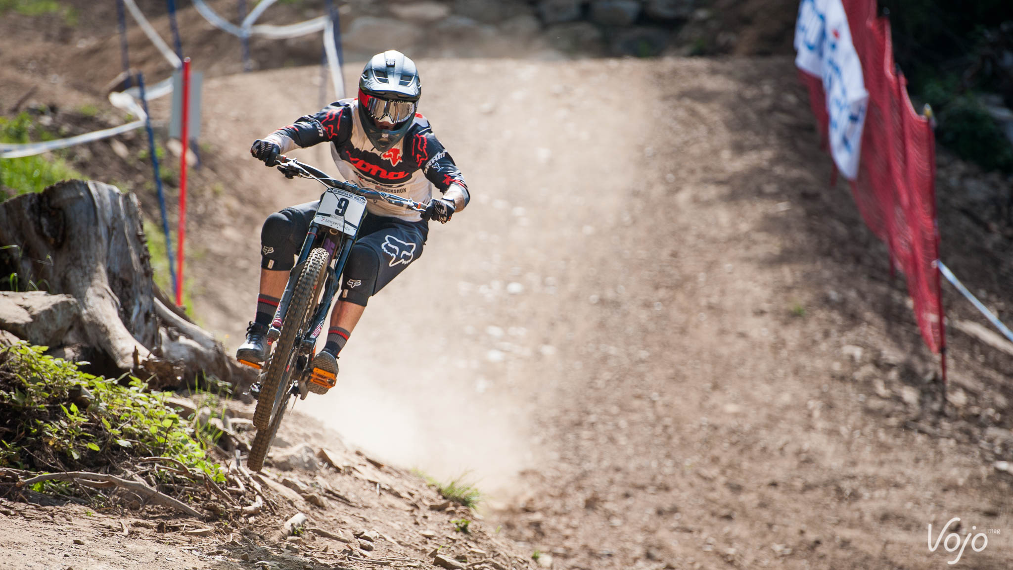 World_Cup_Lenzerheide_DH_Copyright_VojoMag-14