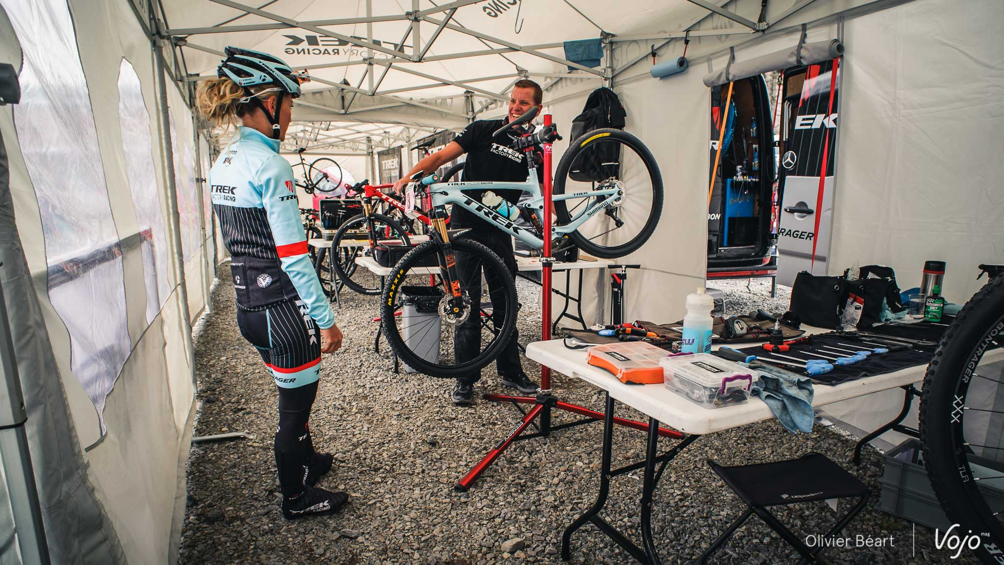 World_Cup_MTB_Pro_Bike_Check_Emily_Batty_Trek_Top_Fuel_Copyright_OBeart_VojoMag-1