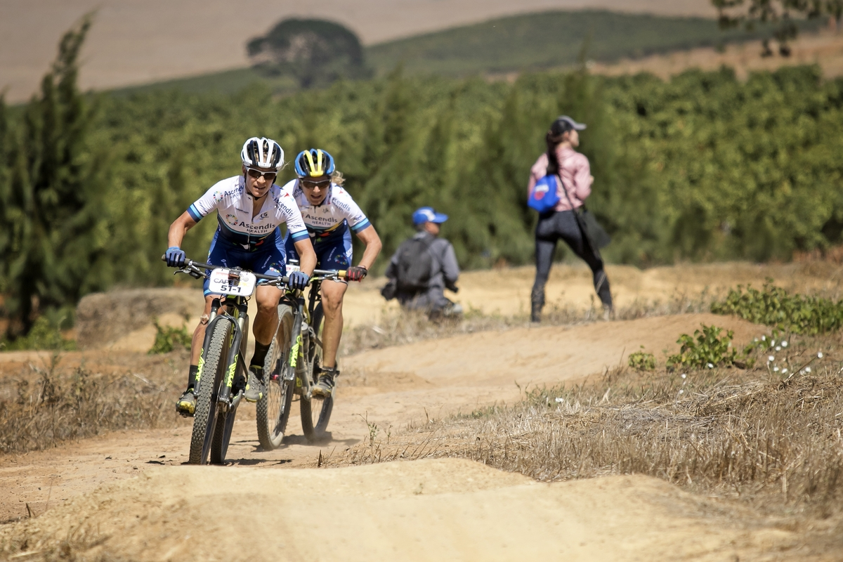 Robyn de Groot pulling setting the pace during the Prologue of the 2016 Absa Cape Epic Mountain Bike stage race held at Meerendal Wine Estate in Durbanville, South Africa on the 13th March 2016 Photo by Mark Sampson/Cape Epic/SPORTZPICS PLEASE ENSURE THE APPROPRIATE CREDIT IS GIVEN TO THE PHOTOGRAPHER AND SPORTZPICS ALONG WITH THE ABSA CAPE EPIC ace2016