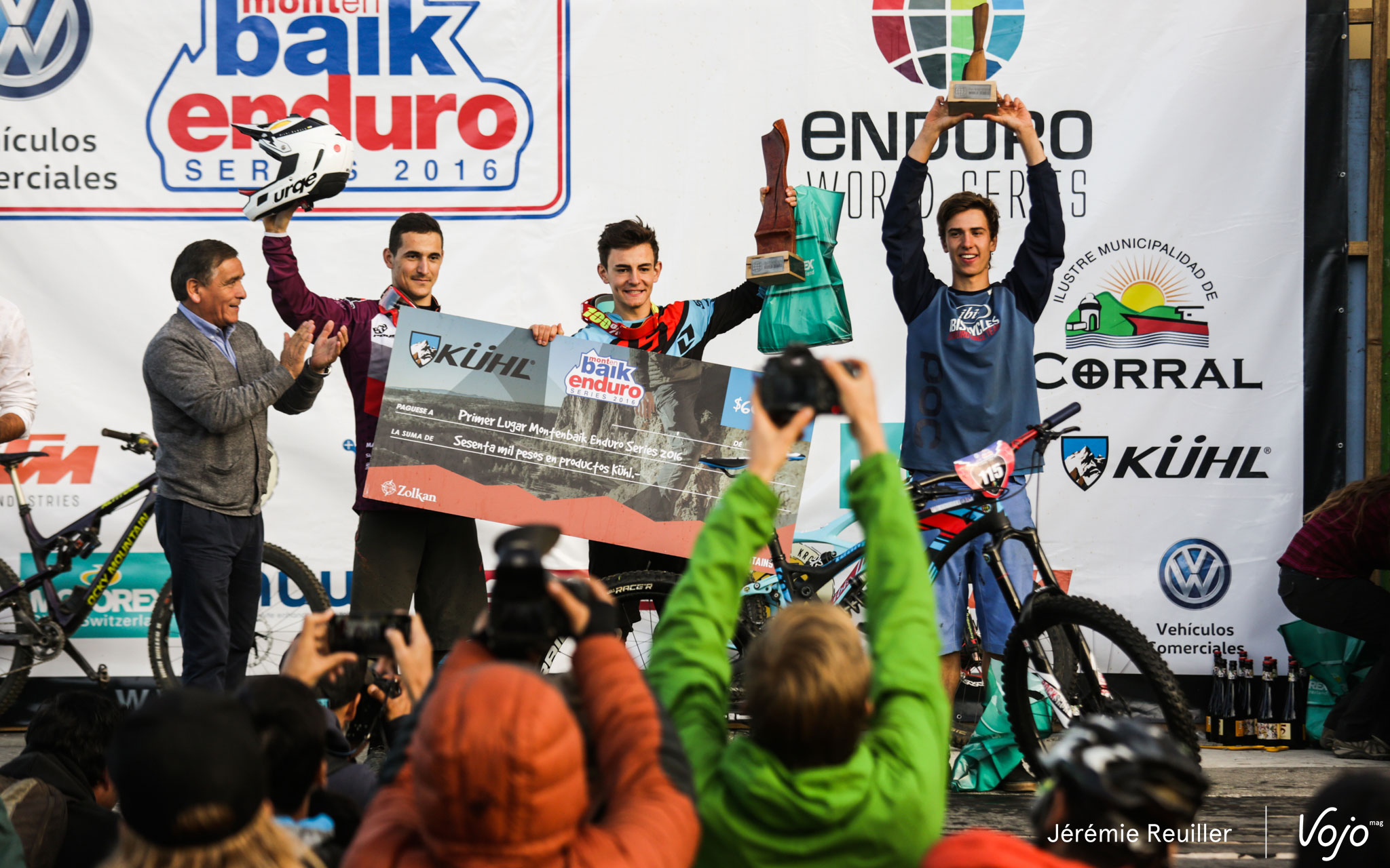 ews1-corral-podium-under21