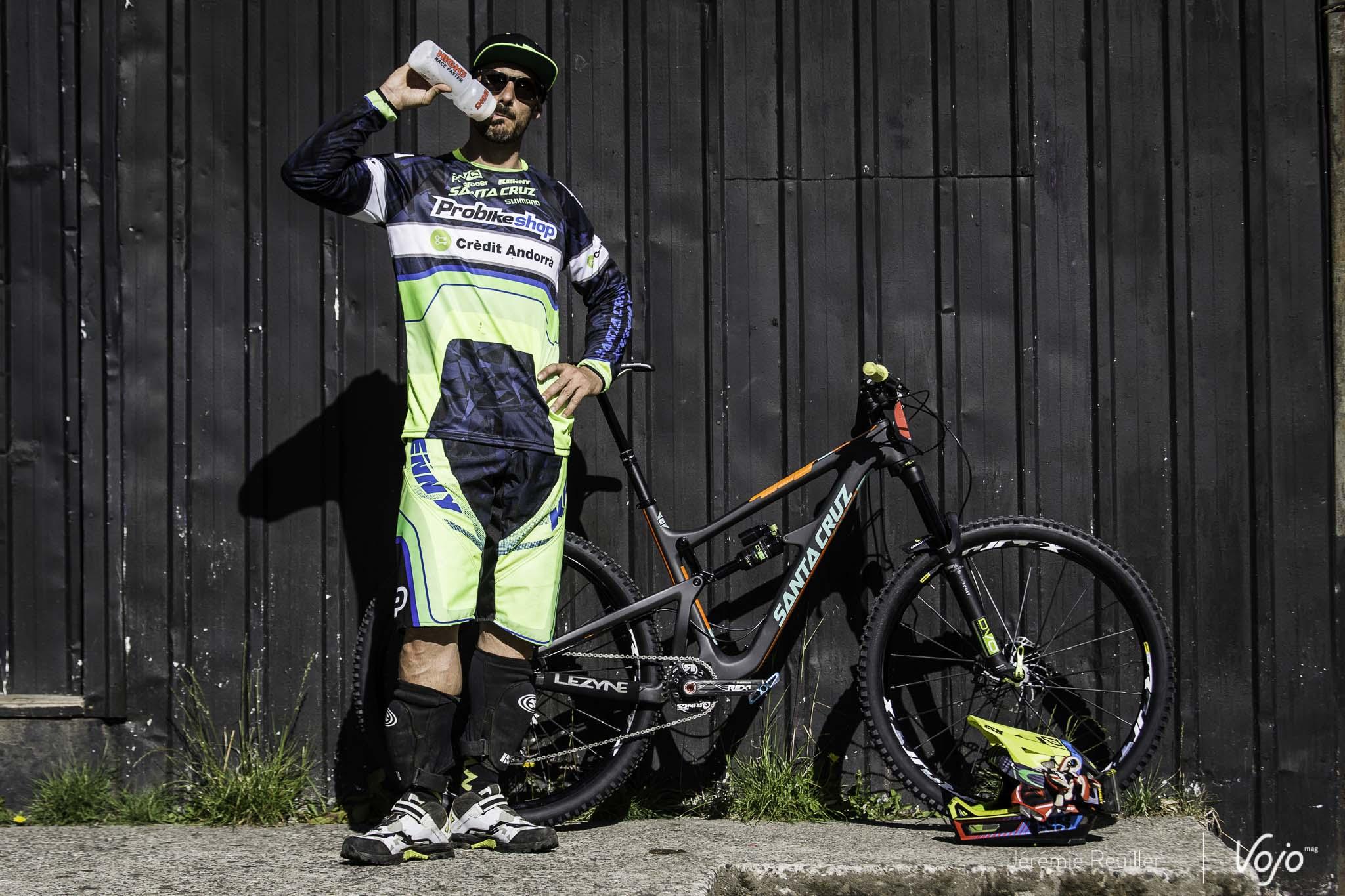 Bike_Check_EWS_Cedric_Gracia_Copyright_Reuiller_Vojomag-1