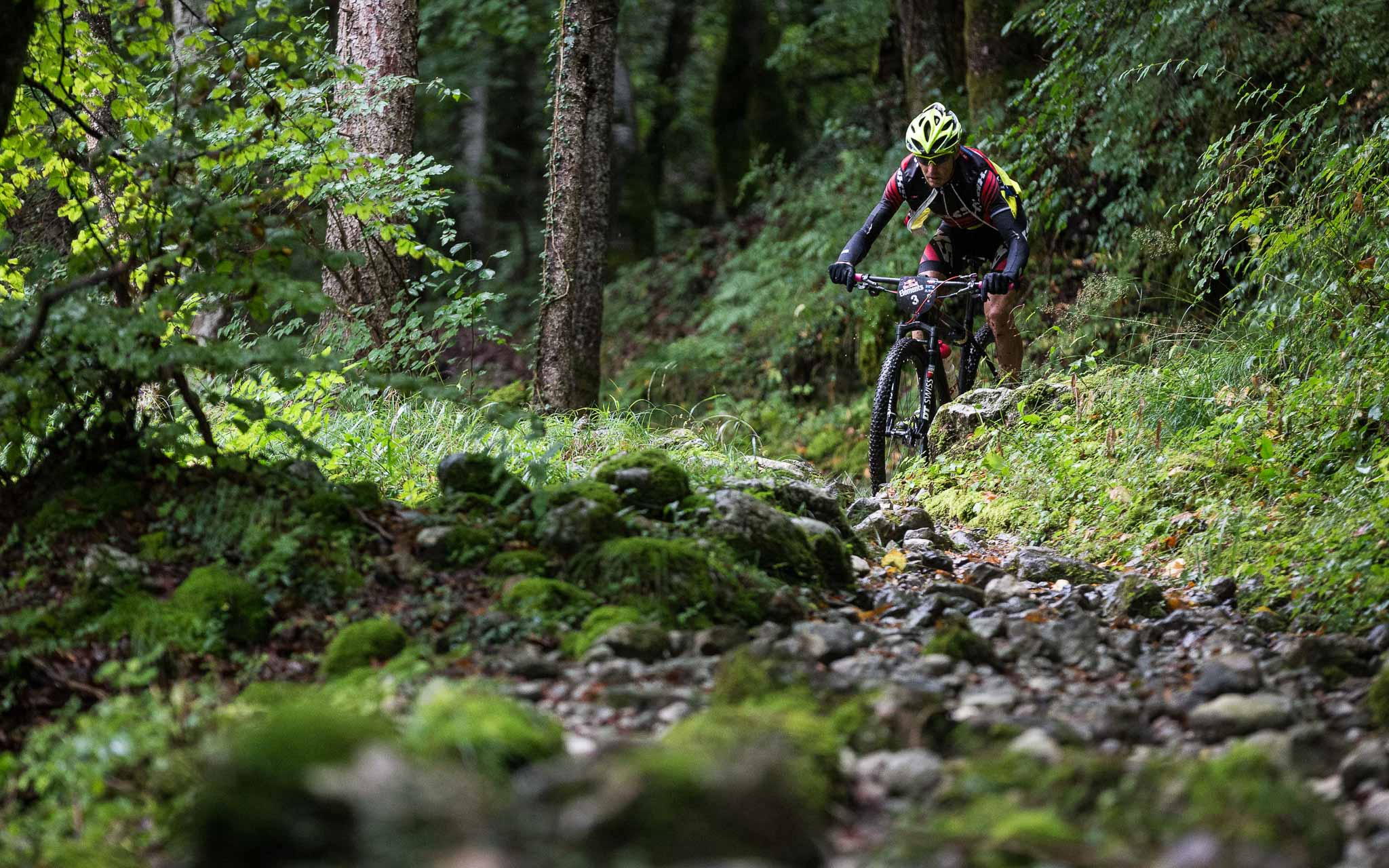 Hansueli Stauffer of Swiss Team performs during the Red Bull Elements in Talloires, France, on September 17th 2016 // Richard Bord / Red Bull Content Pool // P-20160917-01578 // Usage for editorial use only // Please go to www.redbullcontentpool.com for further information. //