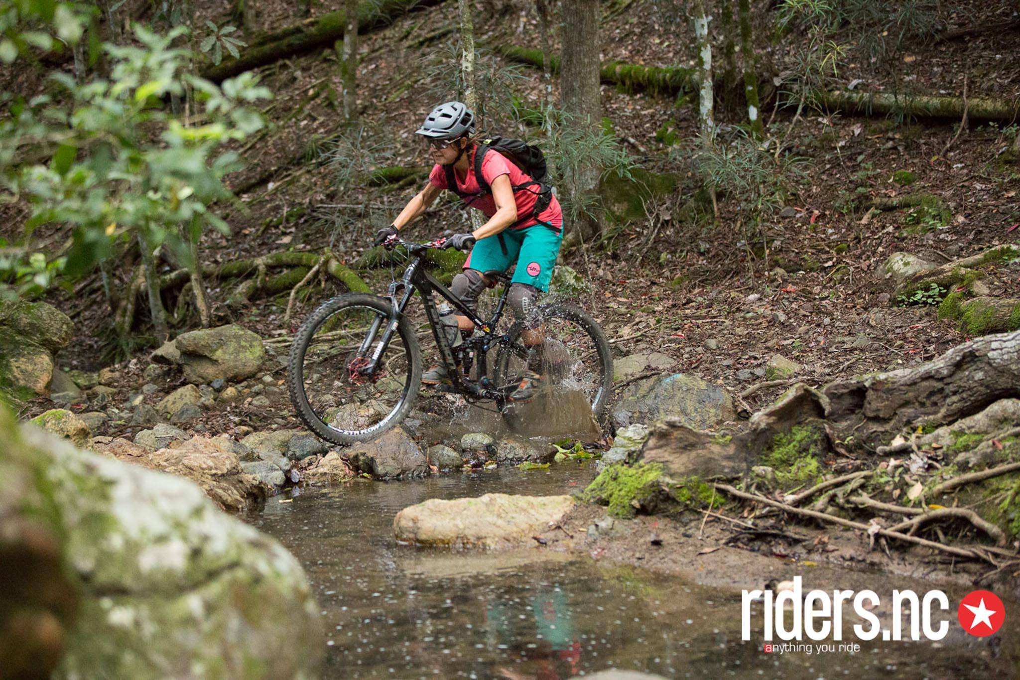 deborah-motsch-ride-nouvelle-caledonie-2016-vojo-paul-humbert-30