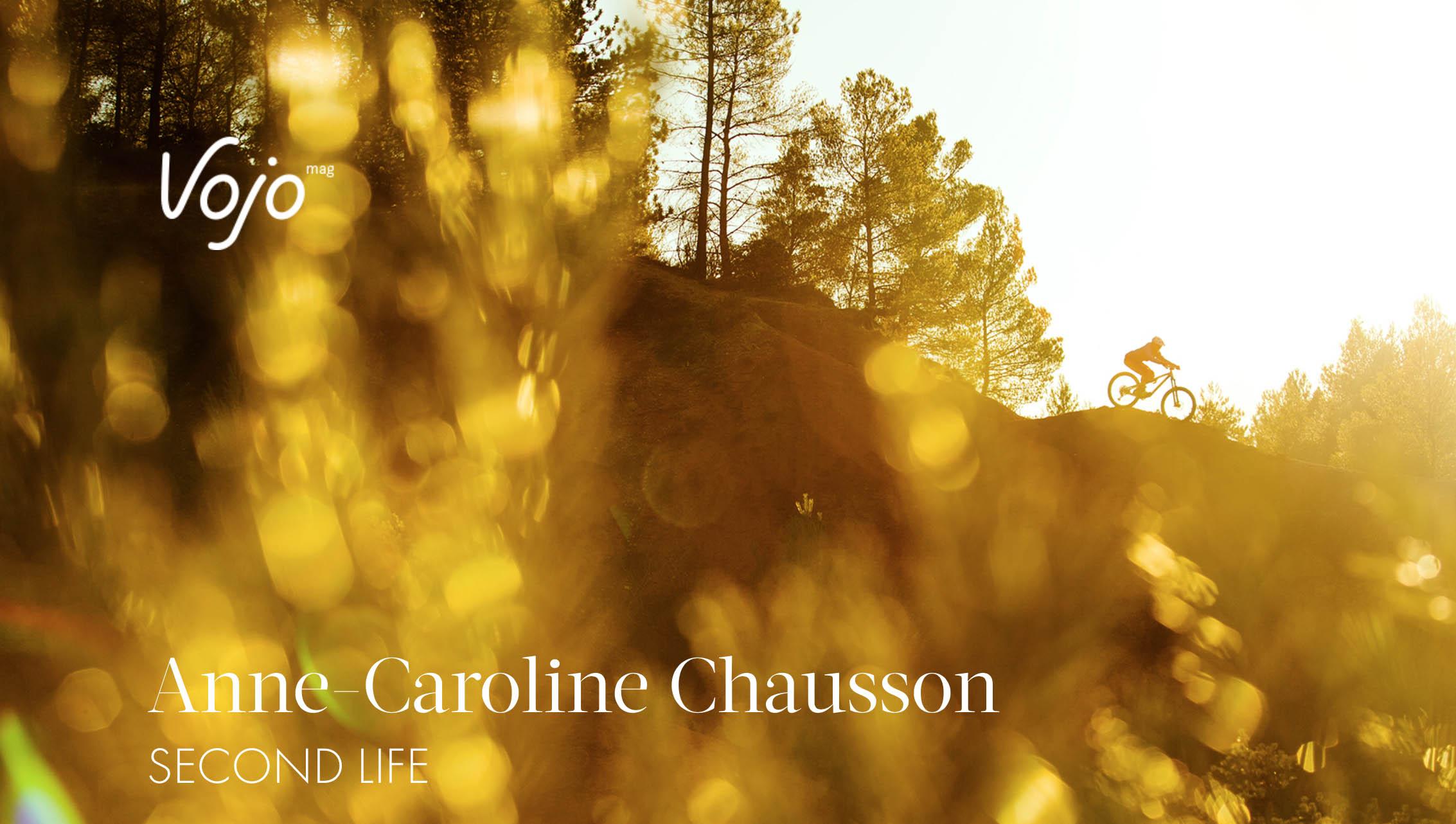 Anne-Caroline Chausson se livre dans une interview exclusive pour Vojo Magazine, à l'occasion de son passage chez Commencal